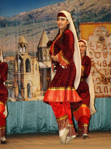 национальный дагестанский костюм фото