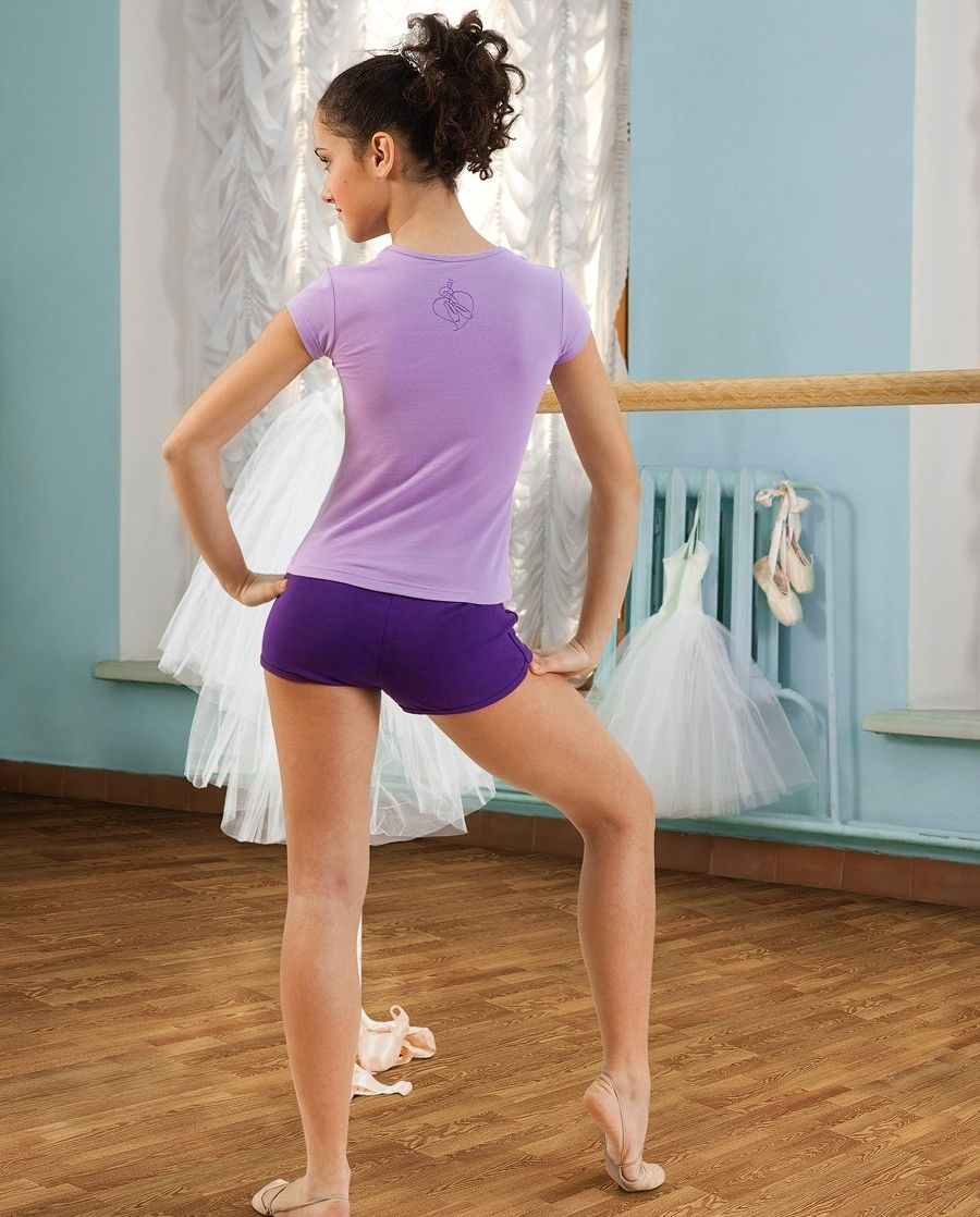 предлагаем гимнастка в мини платье принято было этом