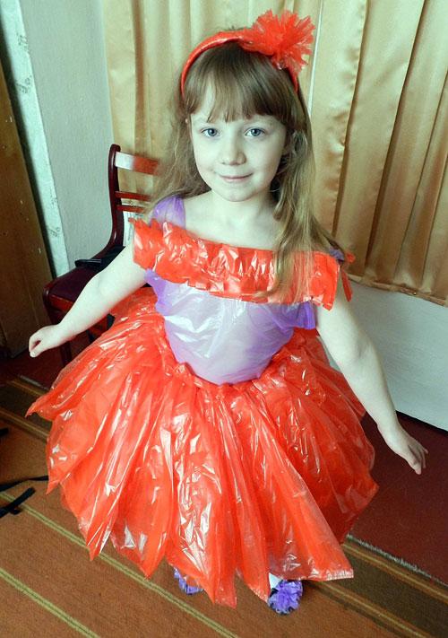 Как сделать платье из пакетов своими руками поэтапно