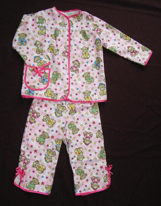 Из чего сшить пижаму для ребенка 179