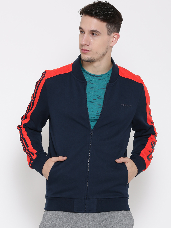 логотип со знаком adidas для курток