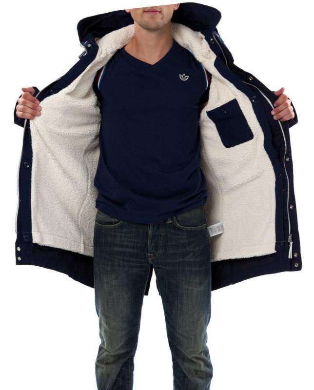 7ea540b4 Приобрести подлинную модель одежды от Adidas – означает обеспечить себя  добротным спортивным изделием ...