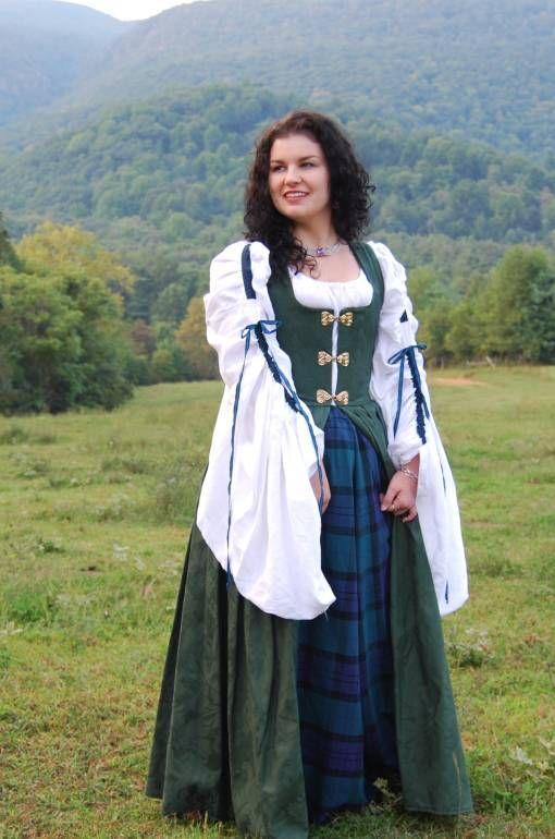 Ирландский национальный костюм женский