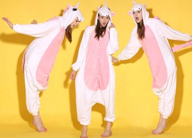 ecce6f7c7dbc5 Смешные пижамы (35 фото): женские и мужские самые смешные, смешарики