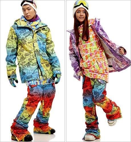 яркие горнолыжные зимние костюмы женские icepeak