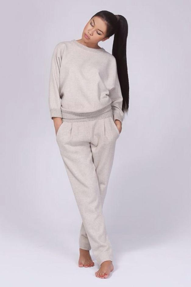 bc1edb500c7 Спортивный кашемировый женский костюм - модели из кашемира