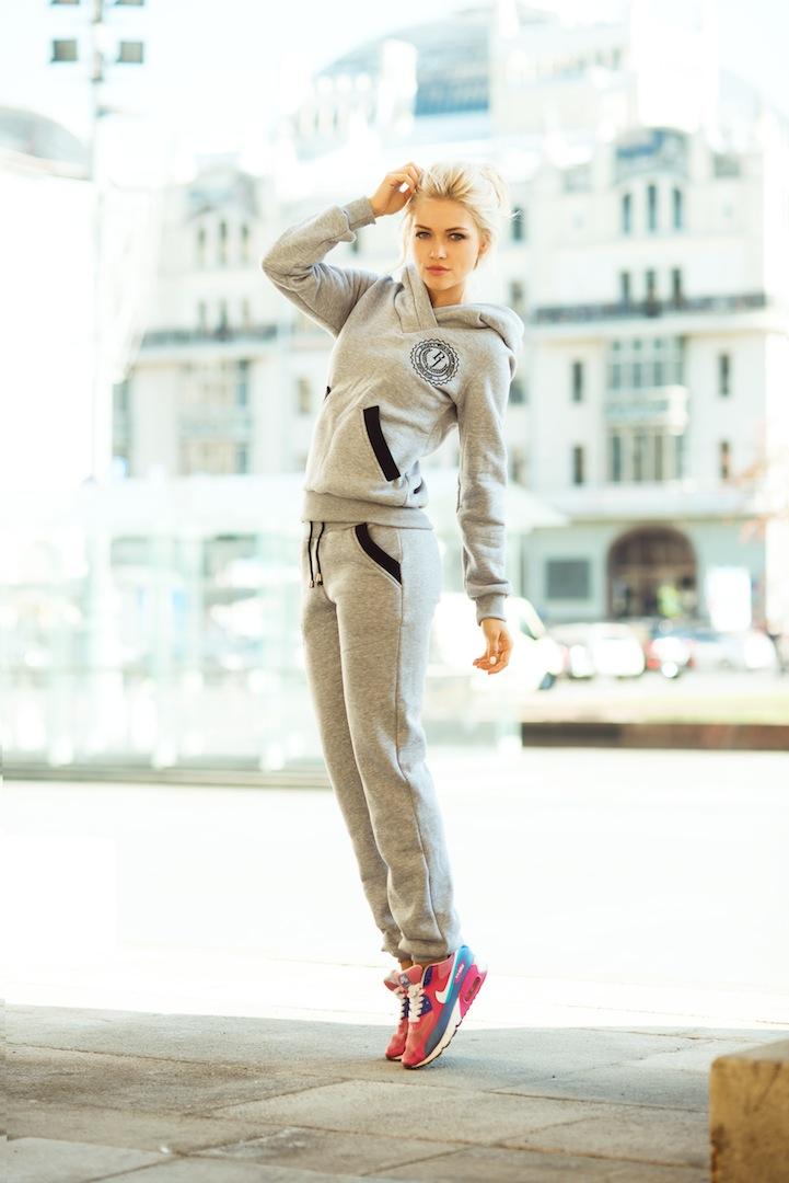 Необычные женские спортивные костюмы