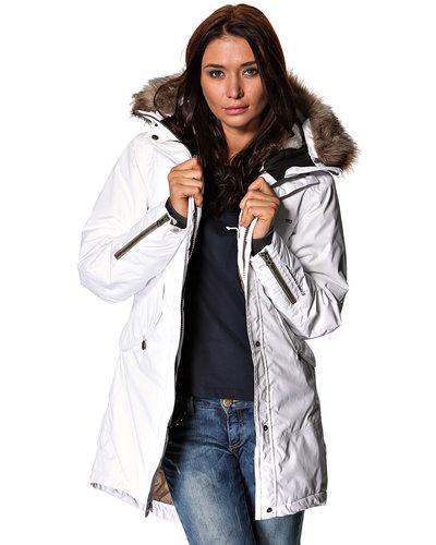 Женские зимние костюмы дидриксон