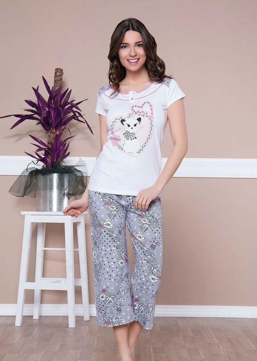 Пижамные костюмы женские