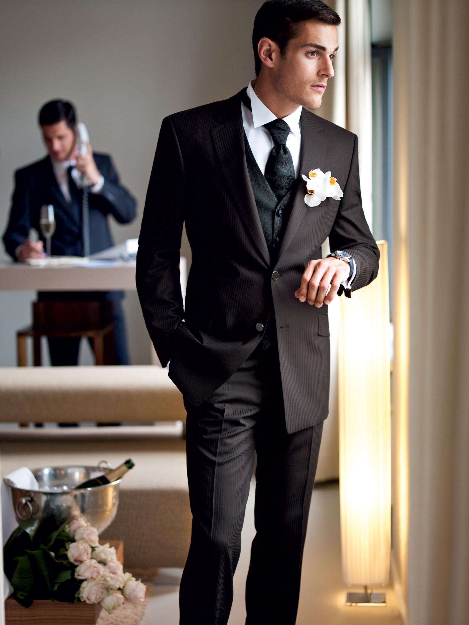 e0632a68587002d Мужские костюмы на свадьбу (150 фото): свадебные костюмы для мужчин, синий  и белый, сколько стоит, молодежные