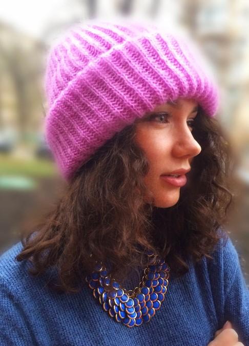Связать шапку для женщины на спицах фото