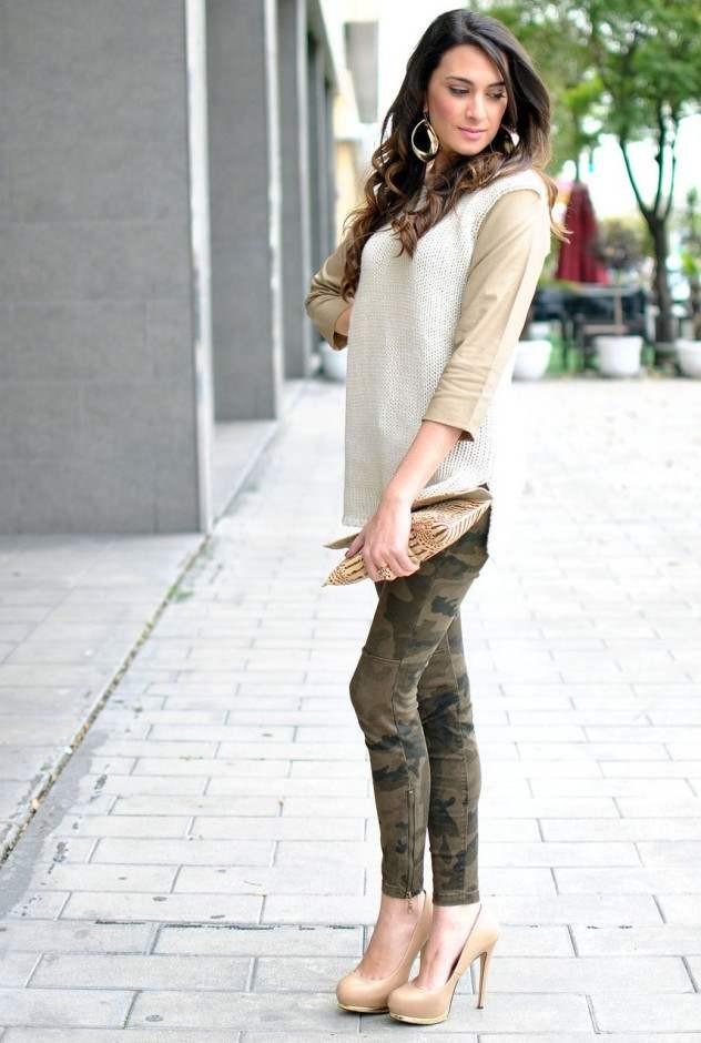062d39084 С чем носить бежевые туфли (45 фото): с черными колготками, туфли ...