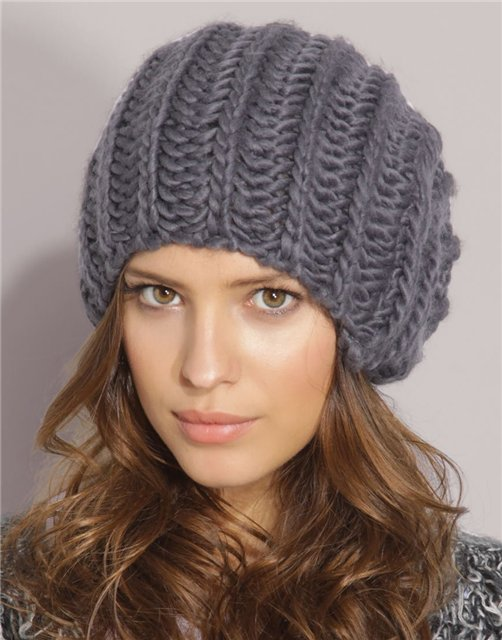 Женская шапка английской резинкой спицами схема