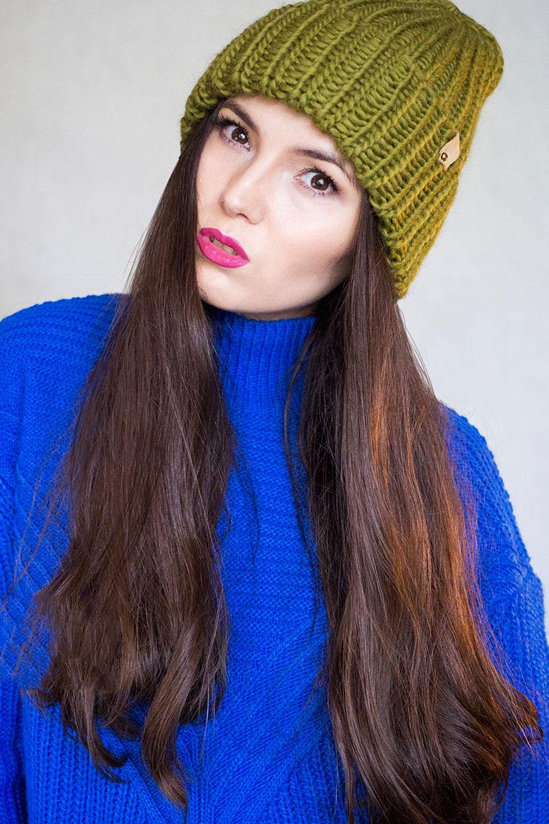 Вязание спицами шапок для женщин с отворотом 155