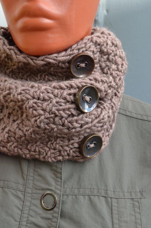 шарф на пуговицах 40 фото шеегрейка с застежкой на пуговицах и