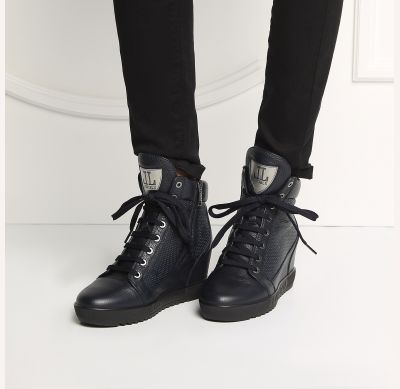 601f98fd Кроме того, обувь этого бренда очень долговечна, все её детали обладают  повышенной износостойкостью и по свидетельствам женщин, купившим сникерсы  Loriblu ...
