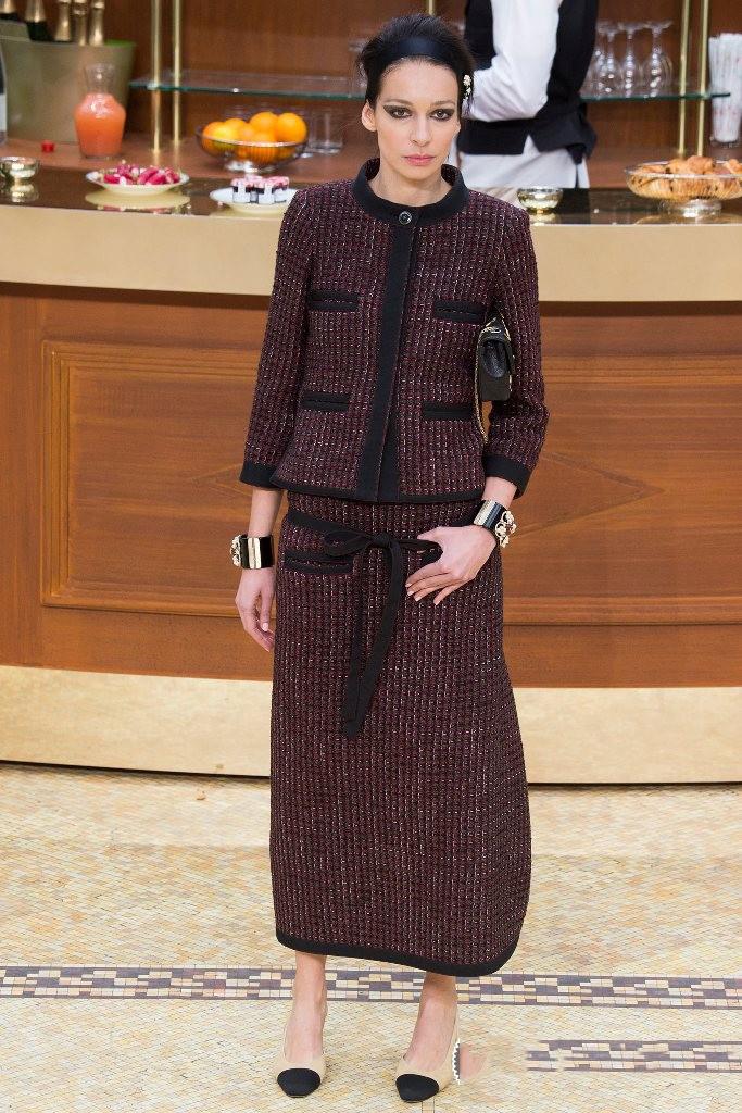 Твидовый костюм женский