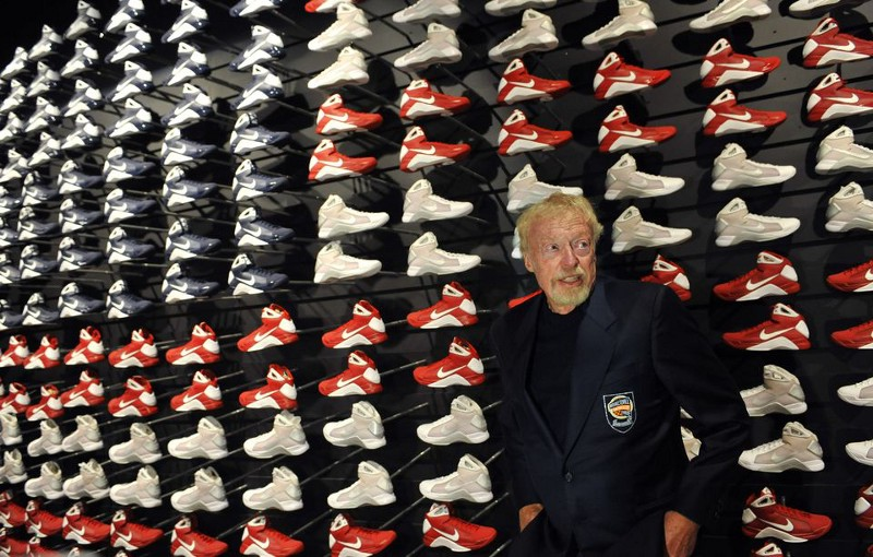 history of the company nike History of nike nike, inc (nyse: nke), headquartered in beaverton, oregon, is the largest and most successful brand of shoes, sports equipment, clothing, and controlling more than 60% of the.