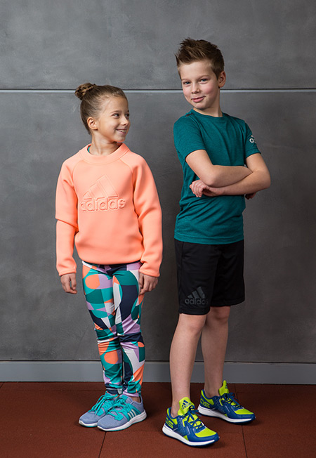 Adidas фото с детьми