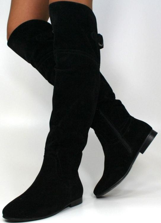 e6c10e99ceb2 Ботфорты без каблука замшевые (37 фото): с чем носить зимние и ...