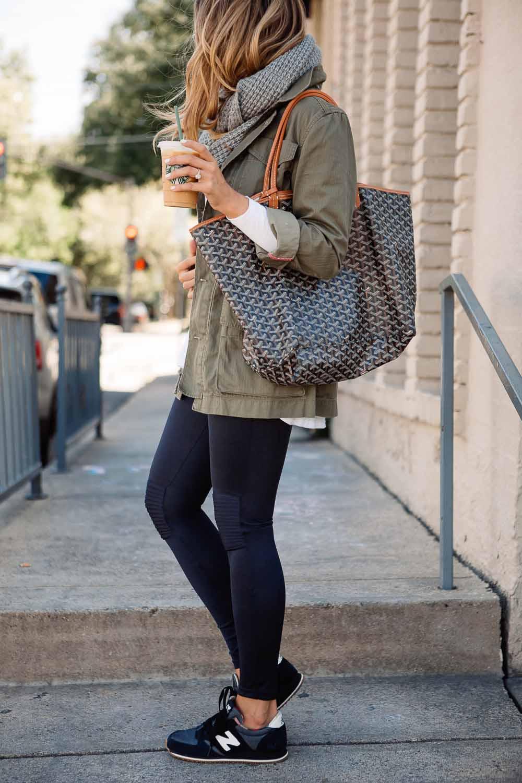 Сегодня New Balance производит большое количество моделей спортивной обуви  как для бега fc5c3bde99a88