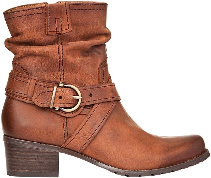 59c4fae05d02 К слову, уникальной моделью можно назвать высокие ботинки Chester из  натуральной ...