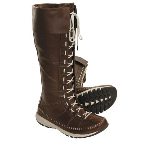 b086265404d9 Мужская обувь Chester представлена классическими укороченными ботинками с  оригинальным рисунком на коже и прочной подошвой  встречаются модели из ...