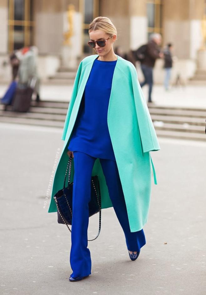 Сочетание в одежде мятный и синий