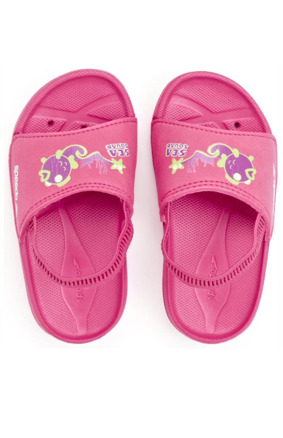 15af8a31d ... требуют надежной защиты стопы ребенка, обеспечить которую сможет только  специальная обувь. Отличным решением подобной проблемы станут детские  шлепанцы.