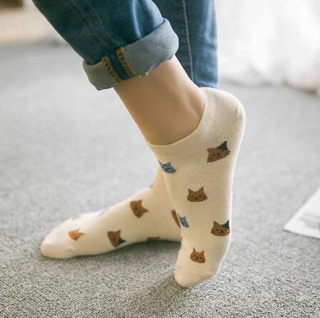 Красивые ножки в кросовках и носочках фото 264-317