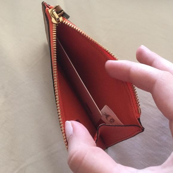 993fedd4d1bc Конечно же, вряд ли найдется такой человек, который хотя бы однажды не  порвал ключами карманы в одежде или подкладку в сумочке.