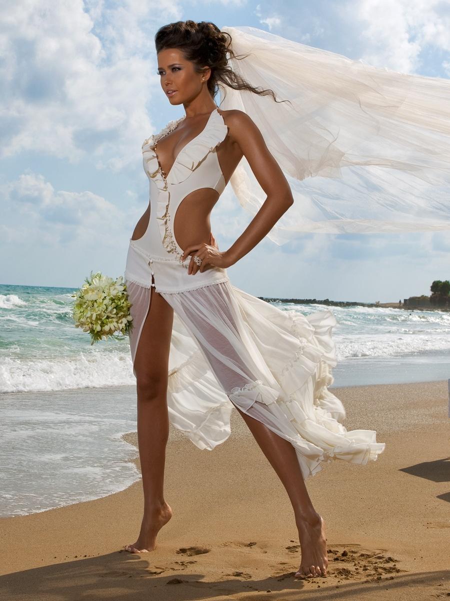 Фото платья для свадьбы на пляже