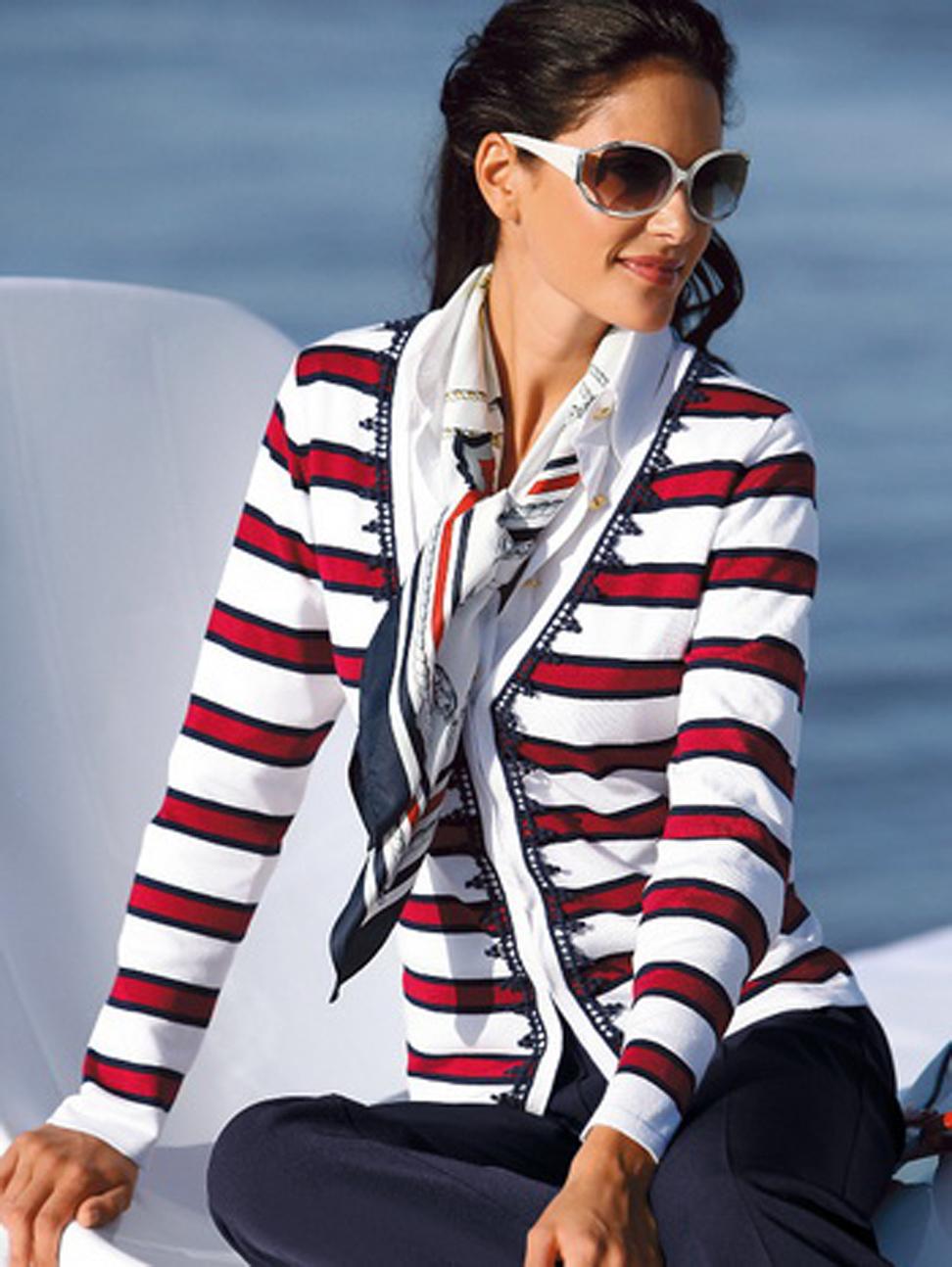 одежда фото в морском стиле
