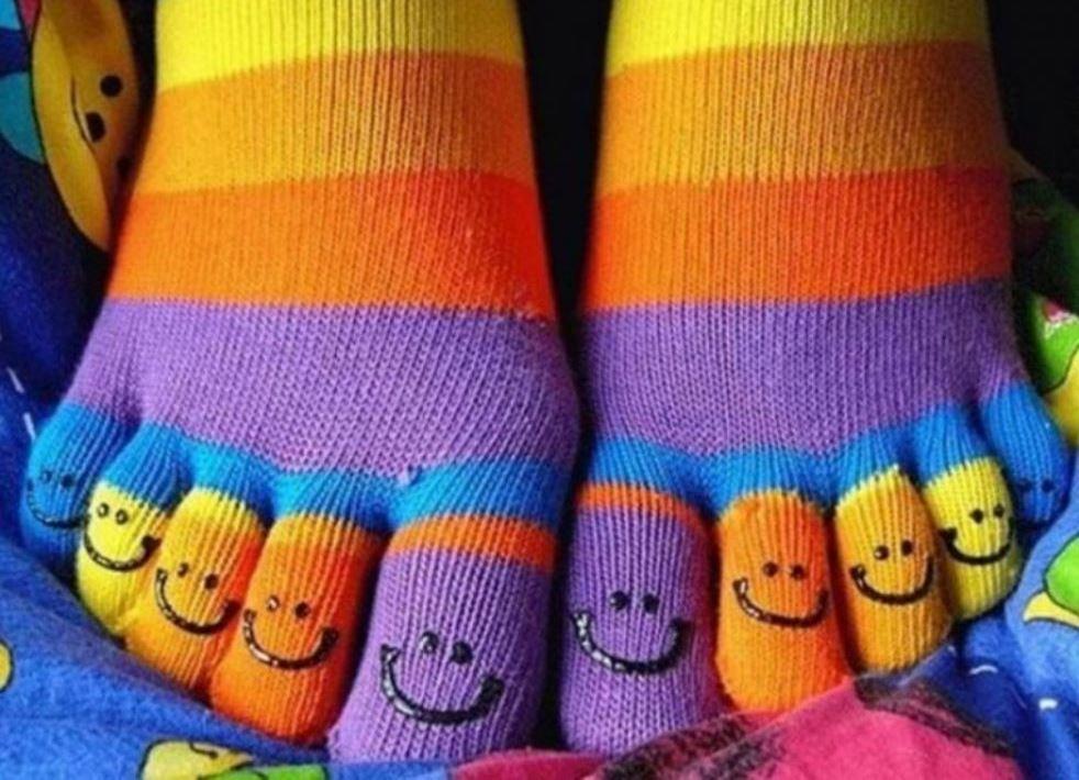 Картинки по запросу носки с пальцами