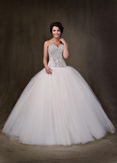 0cc598bfb5f Свадебное платье с корсетом (46 фото)  пышные с прозрачным корсетом ...
