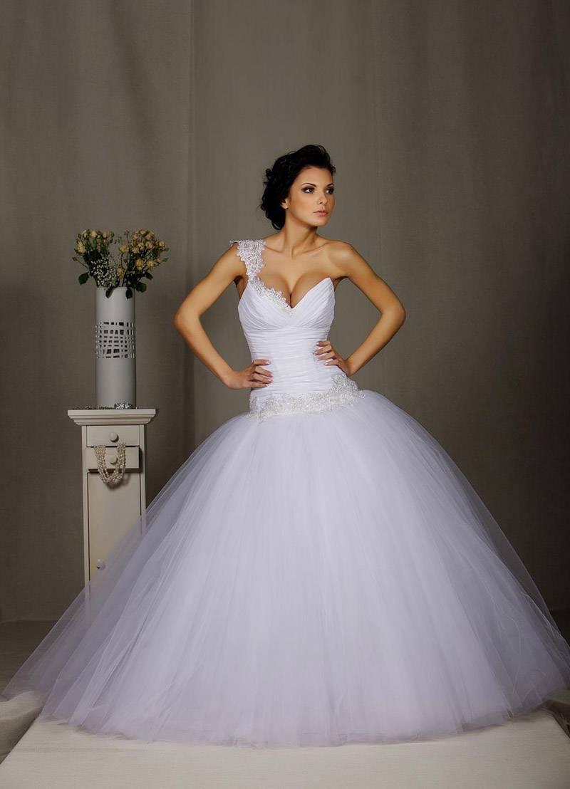 Свадебные платья с корсетом пышные