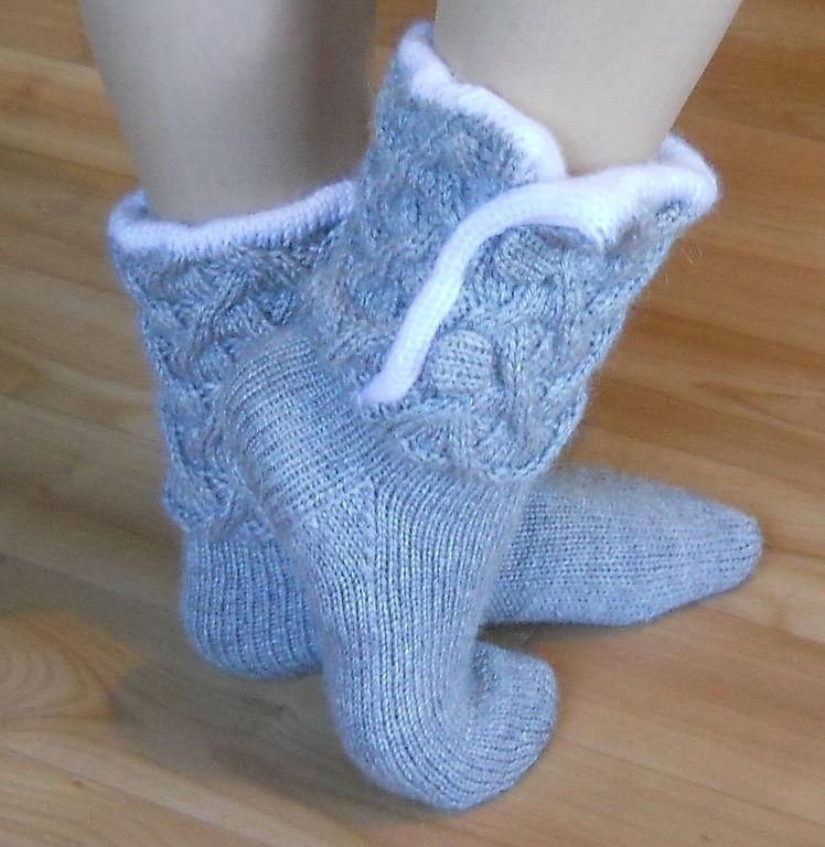 9a037059ee003 Теплые носки могут быть изготовлены из натуральных или искусственных  материалов. Безусловно, натуральные утеплители, например, шерсть, намного  лучше ...