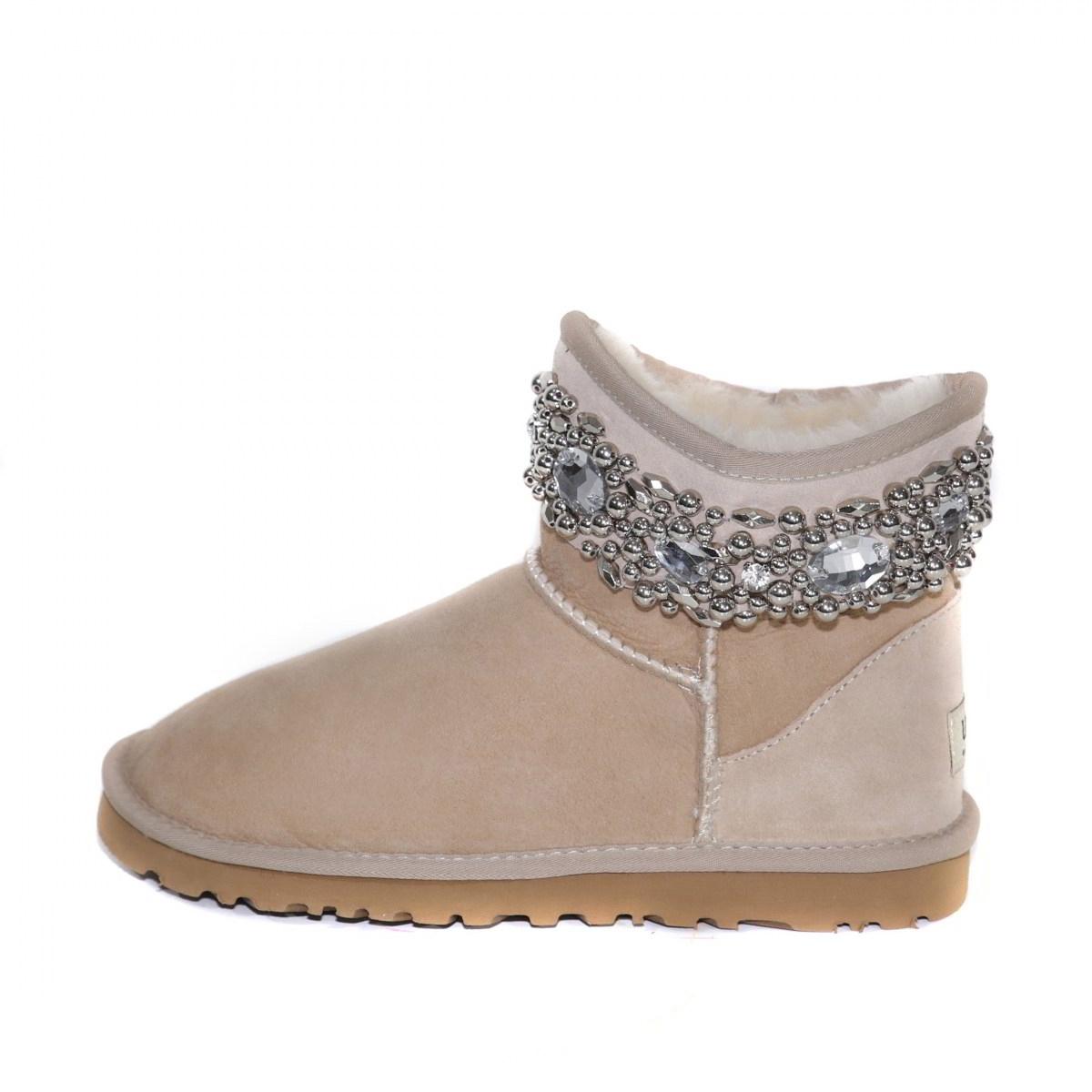 Смотреть Туфли Джимми Чу – как отличить оригинальную обувь Jimmy Choo от подделки видео