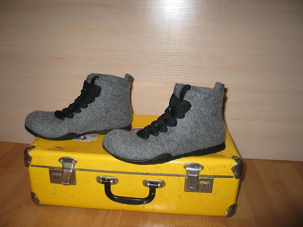 Войлочные мужские ботинки  модели из войлока, короткие на липучке ... 4a432796a5d