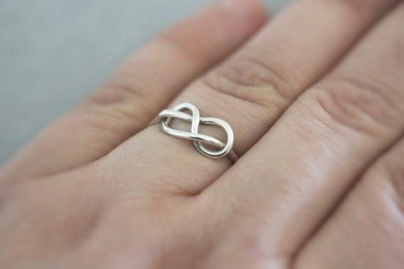 заказать кольцо со знаком бесконечности в гомеле