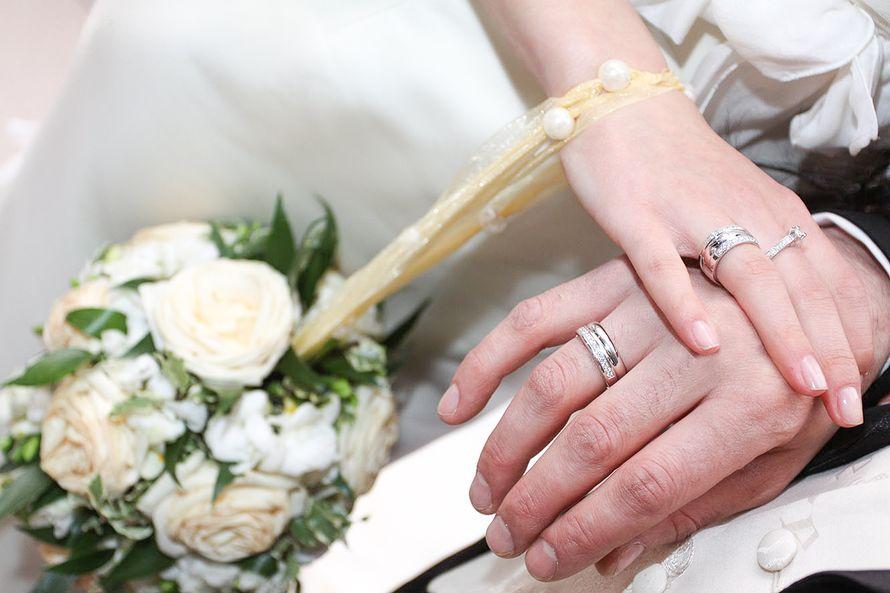 Продала венчальное кольцо обручальное процесс, происходящий