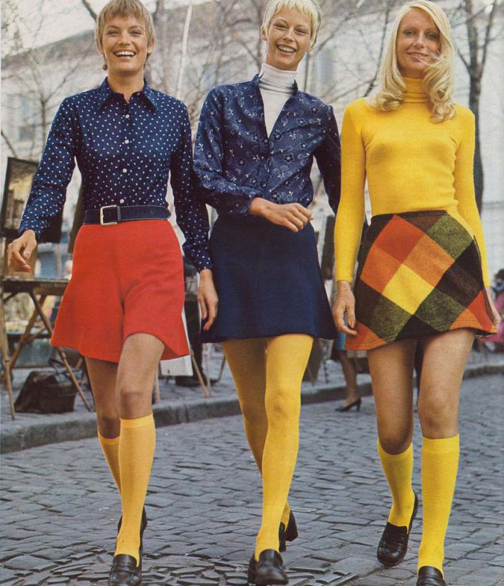 fashion in 60s The '60s are known as one of the most fashion conscious times in history styles that began in the 1960s have a noticeable influence on the fashions of today.
