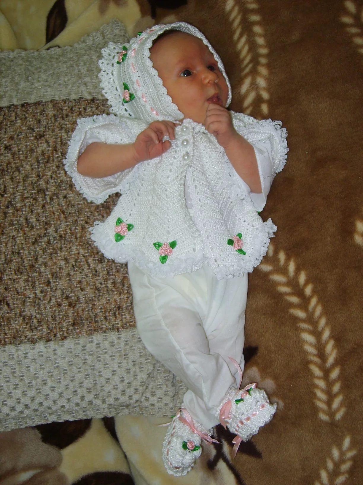 Вязаная одежда для новорожденных (33 фото): модели для ...