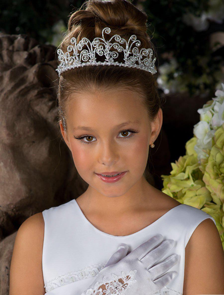 Фото детских причесок с короной