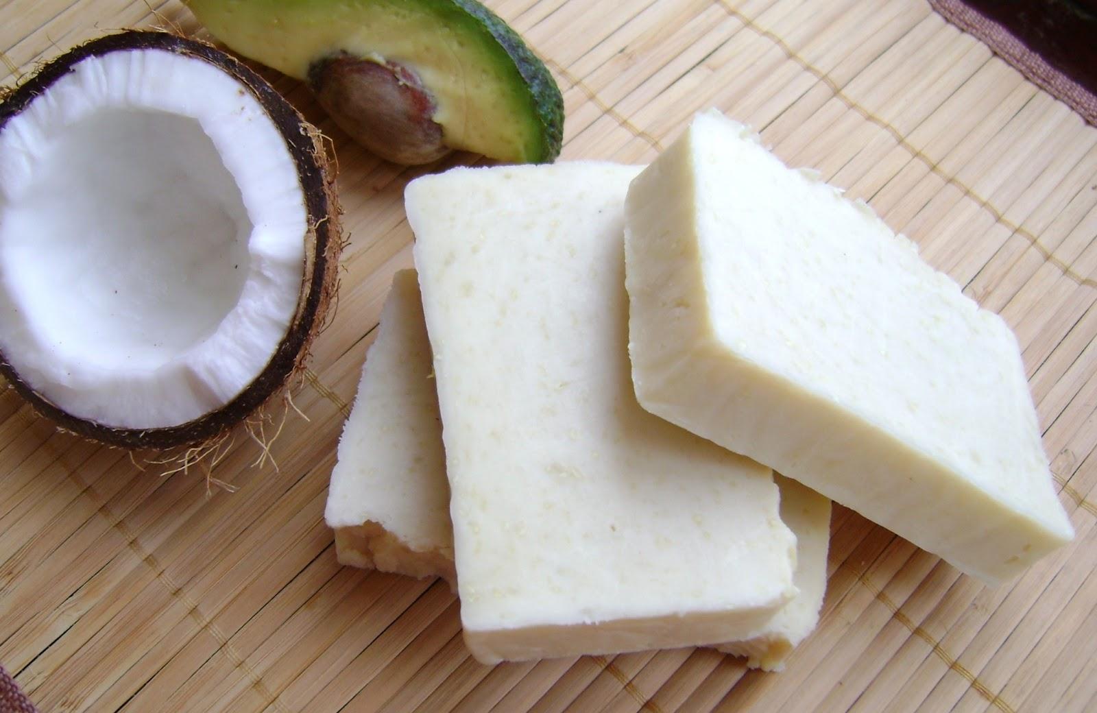 Кокосовое мыло своими руками 52