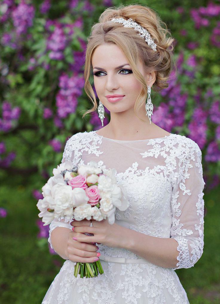 Свадебные прически собранные с фатой