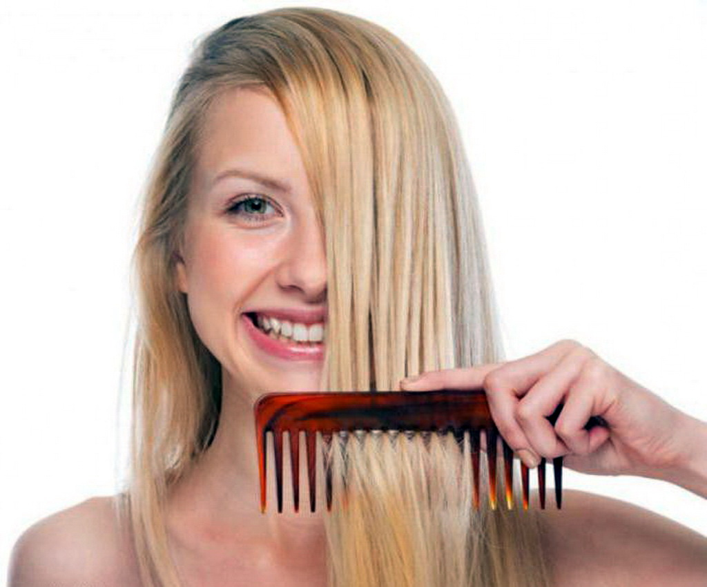 Гребень расчесывать волосы