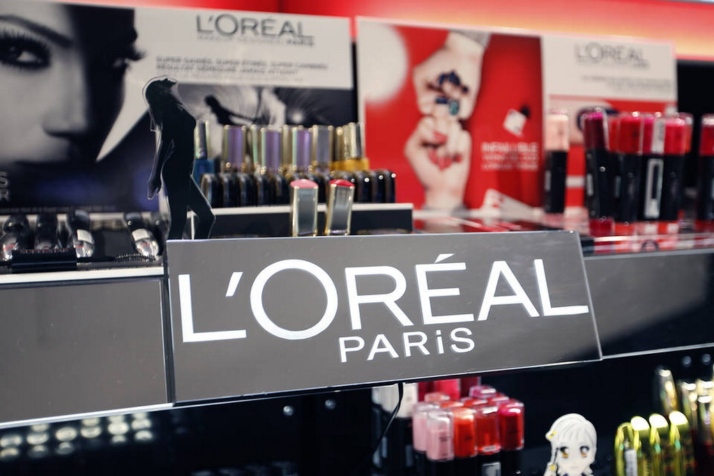 l oreals performance and future plans The new r&d facilities in india, confirm the importance of the asian market to l'oréal's future growth whilst growth in developed markets has slowed, cosmetic sales in india and china have accounted for a rapidly increasing share of l'oréal's global sales.