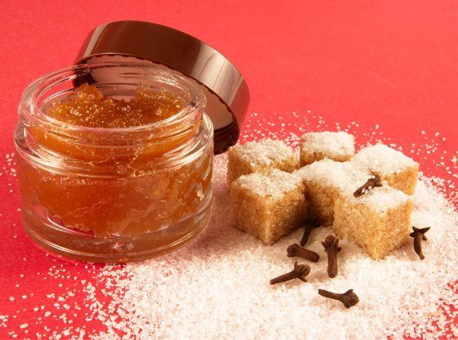 Скраб для губ в домашних условиях: как сделать сахарный скраб своими руками, рецепт