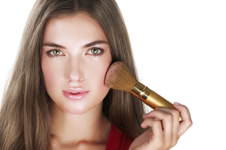 Картинки по запросу Не наносите пудру перед макияжем